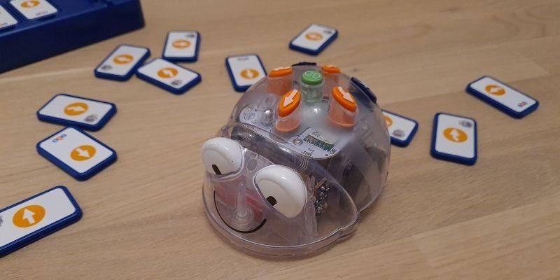 le robot Blue Bot pour apprendre à coder